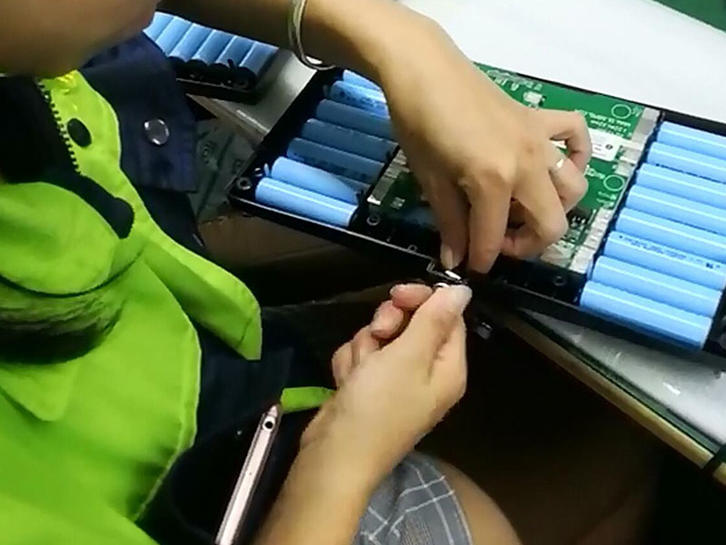 Battery Manufacturing-Assembling to Case
